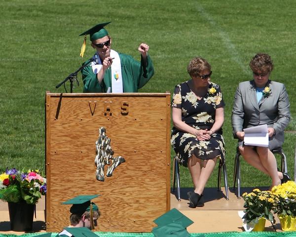 1840_VHS_Graduation_2010