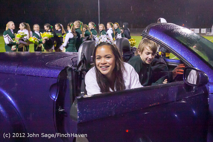 0008_VHS_Homecoming_Court_2012_101912