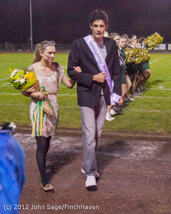 0080_VHS_Homecoming_Court_2012_101912