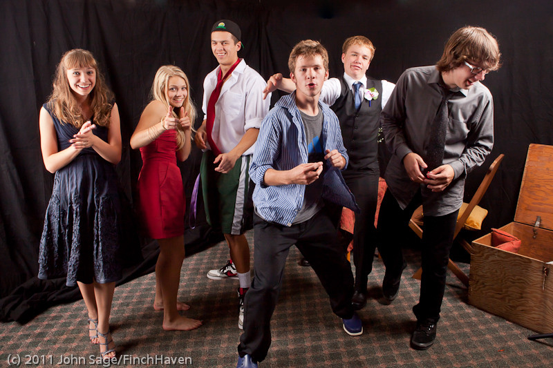 4922_VHS_Homecoming_Dance_2011_100111