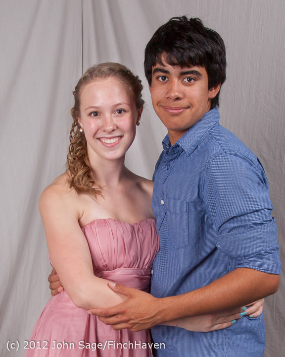 0909-a_VHS_Homecoming_Dance_2012_102012