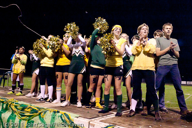 5463_VHS_Homecoming_Parade_2011_100711