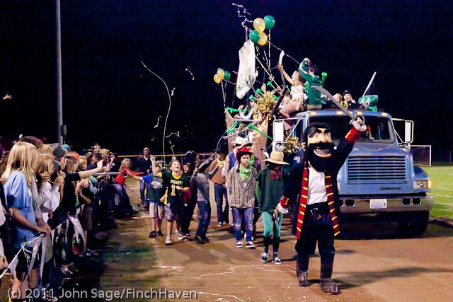 5579 VHS Homecoming Parade 2011 100711