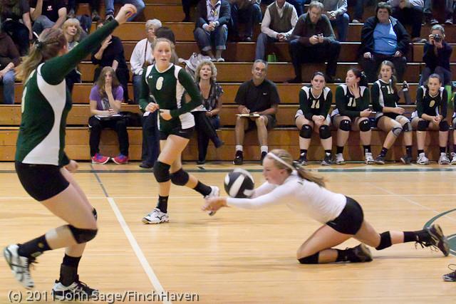 5241_Varsity_Volleyball_v_Casc-Chr_101011