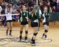 5286 Varsity Volleyball v Casc-Chr 101011