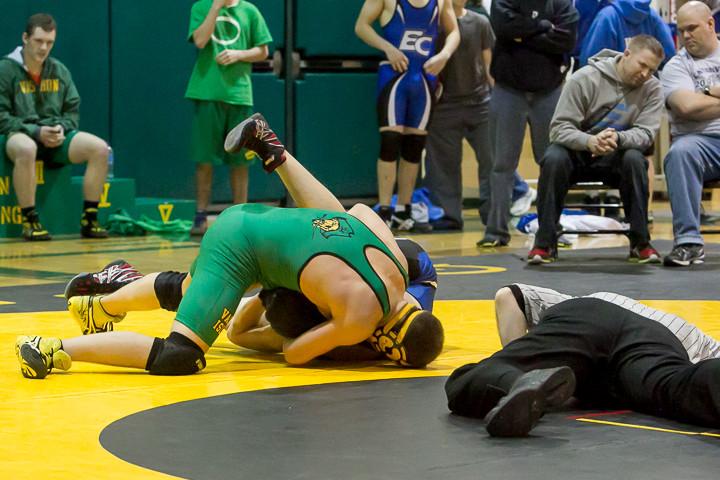 1069 VHS Wrestling at Sub-Regionals 020213