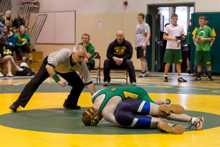 1526 VHS Wrestling at Sub-Regionals 020213