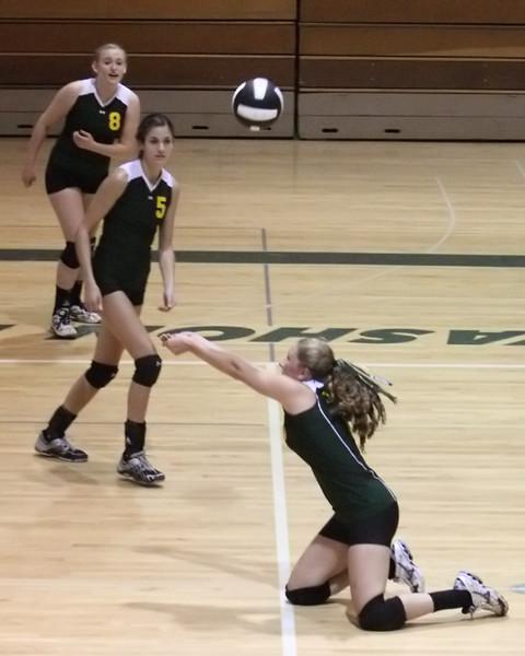 19130_Varsity_Volleyball_v_Chas-Wright_091310