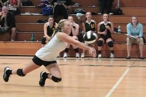 19969_Varsity_Volleyball_v_Chas-Wright_091310