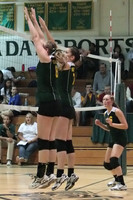 20044 Varsity Volleyball v Chas-Wright 091310