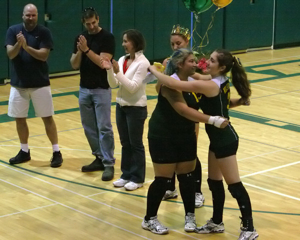 6323_Volleyball_Seniors_Night_102109