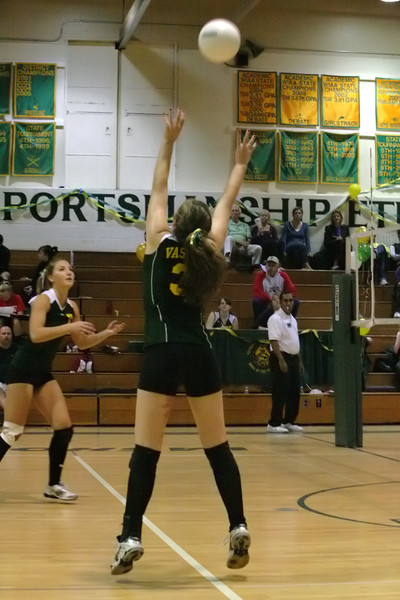 6668_Varsity_Volleyball_v_Orting_102109