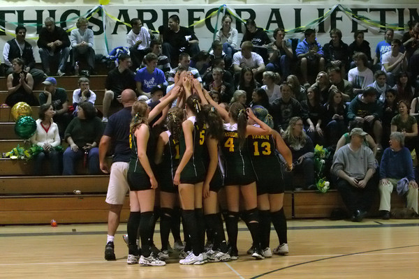 6721 Varsity Volleyball v Orting 102109