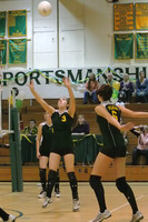 6748 Varsity Volleyball v Orting 102109