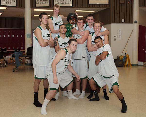 6681_VHS_Boys_Varsity_Basketball_winter_2010